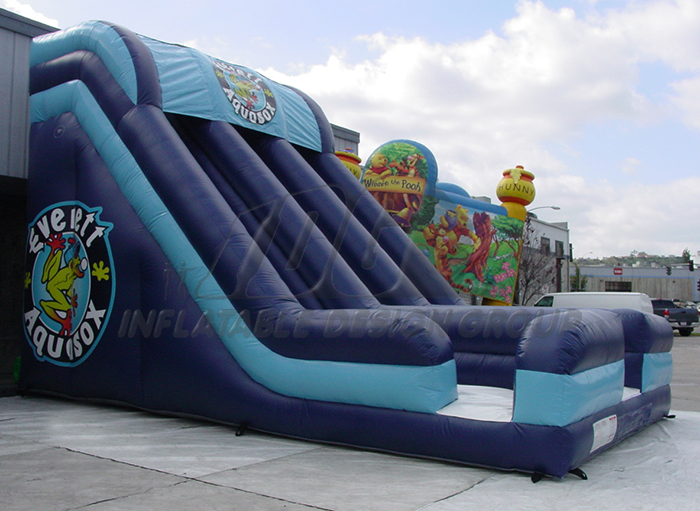 Everett Aquasox Inflatable slide
