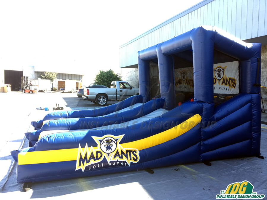 mad ants side view