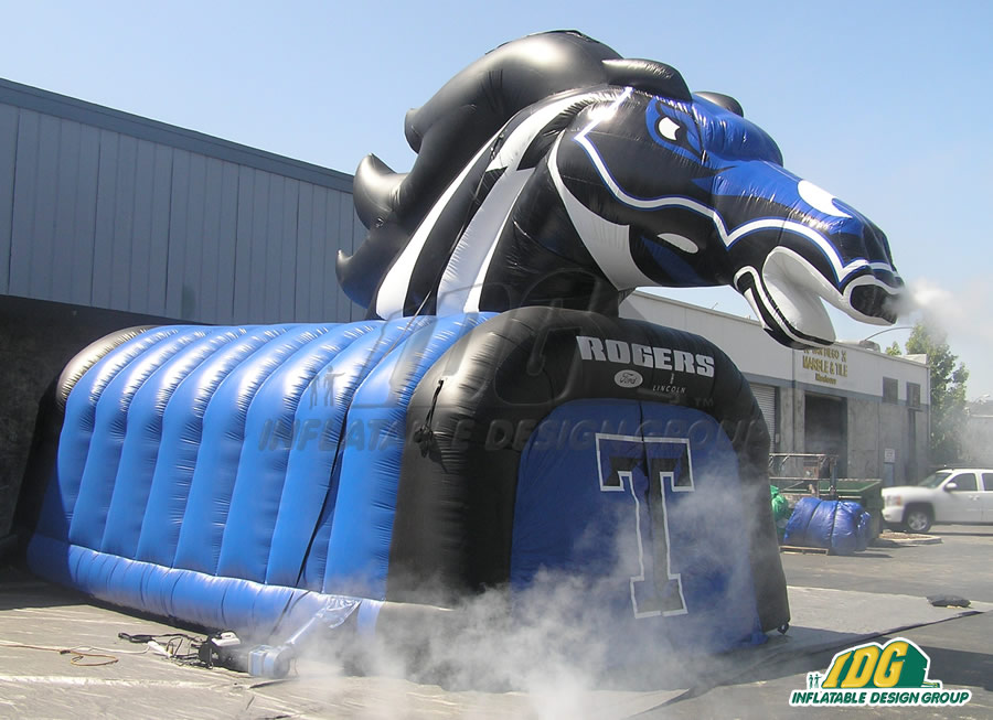 Inflatable Mustang Tunnel Entryway Side View
