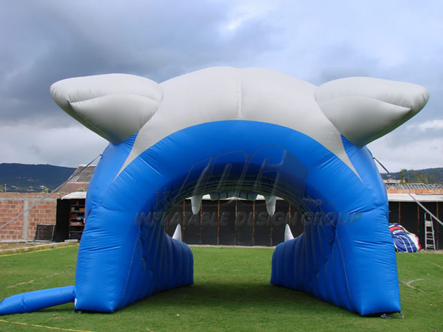 Inflatable Cougar Head Rear View