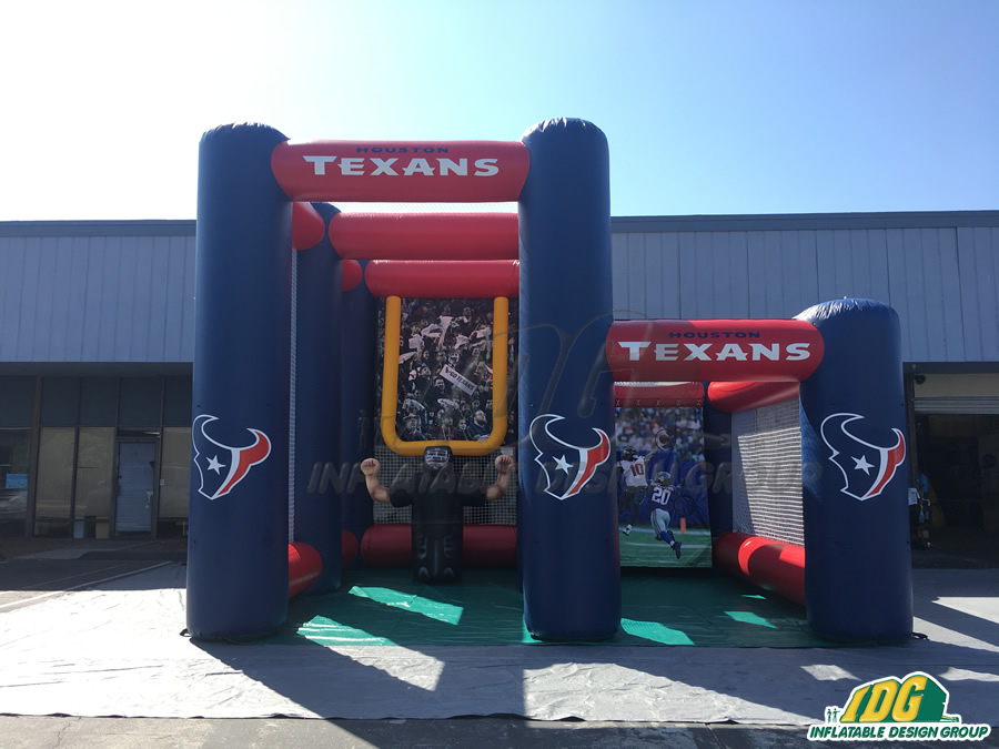 texan kick and toss