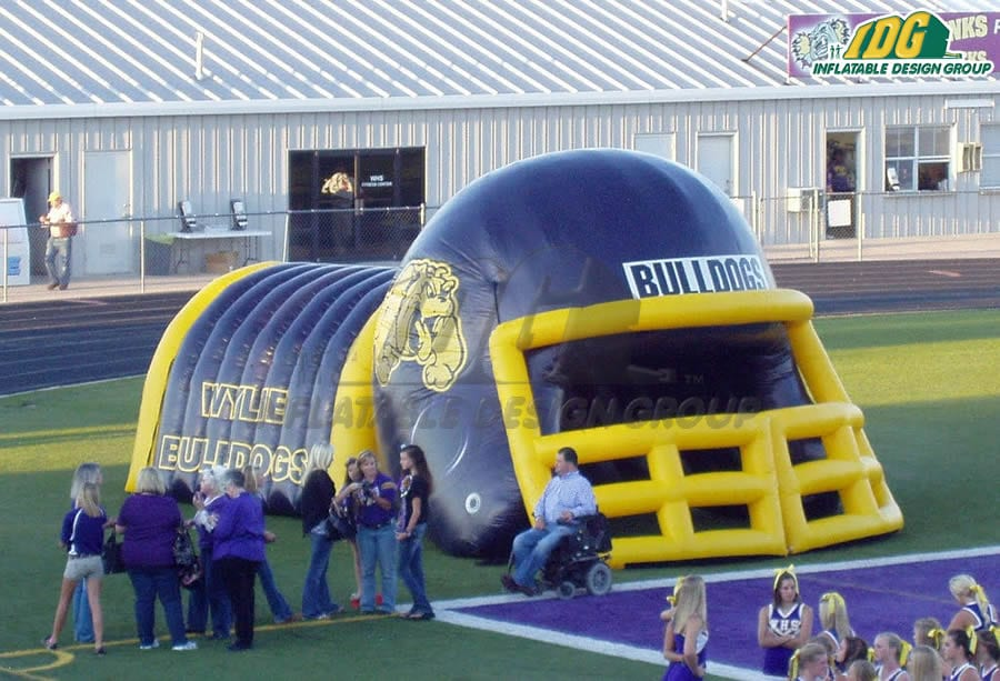inflatable helmet entryways